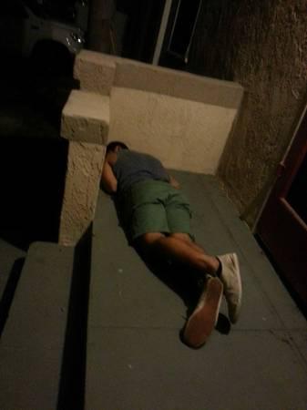 best of craigslist: Napper on my porch - m4m