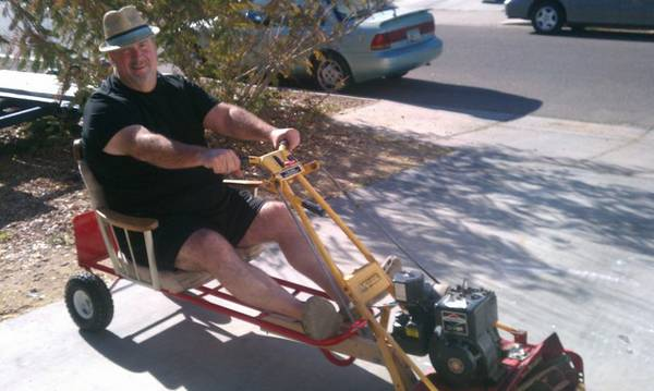 best of craigslist: Redneck DEATHTRAP! tiff mower